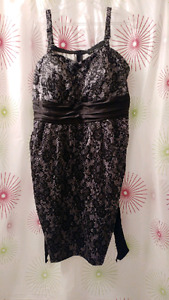 BEAUTIFUL PLUS SIZE DRESS *size 22*