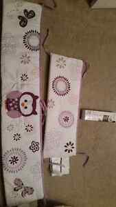 Girls' nursery crib bumper pads