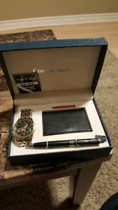 Gift set of watch pen and business card holder