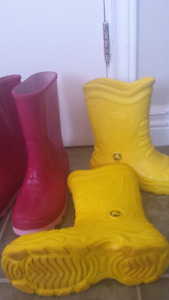 Rubber boots   all size 3.