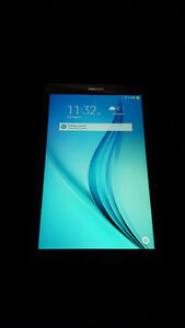 BRAND NEW IN BOX - SAMSUNG TAB E - WITH Bonus!!!