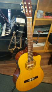 Electric/Acoustic Classical Guitar