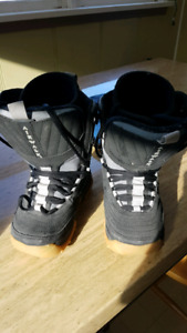 Kids Airwalk snowboard boots.