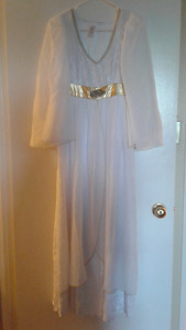 Beautiful Adult Angel Costume Size M/L With Wig and Halo