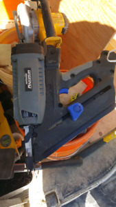 Mastercraft New gas stick framing nailer 120$  OBO