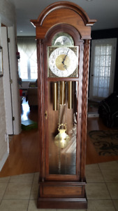 TREND  Horloge Grand Pere en chene / Solid Oak Grandfather Clock