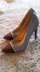 Various women's shoes and boots size 10 and 11