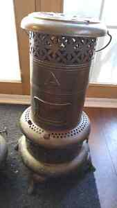 2 Antique Perfection Use Royalite oil heater. Canadian made Cornwall Ontario image 2