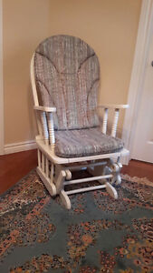 Rocking chair / Berceuse