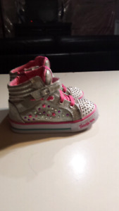 Skechers Shoes size 8