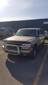 2001 SUBURBAN LOADED LT /LEATHER/ROOF