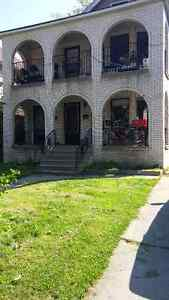 UofW 2 Bedroom  Campbell $900 All Inclusive Sept 1st Available
