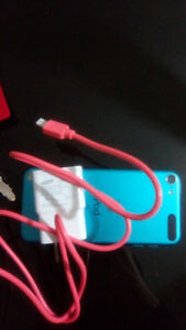 Candy blue iPod ! Comes with charger asking $ 55