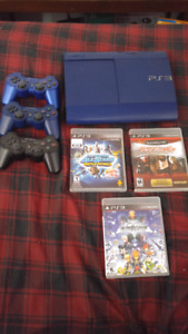 120OBO Blue ps3 and 3 games 3 controllers