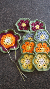 Knitted tea pot mat & 8 coasters