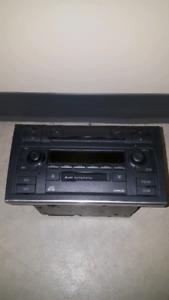 Audi Symphony II / Audi 2001-2005 OEM Stereo + Removal Tools