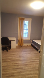 3-Room Apartment for Rent, Students ONLY
