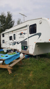 30 foot Wilderness Advantage with Bunk Room