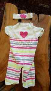 clothing for baby girl 6-12 and 6-9 months great condition