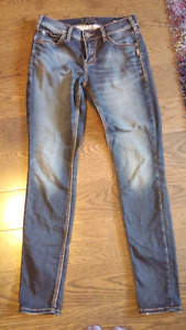 """Womens NEW Size 27 Silver Brand Jeans """"Aiko"""" Slim/Skinny Fit"""