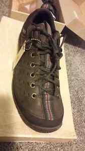 Men shoes. Caterpillar.  Brand name