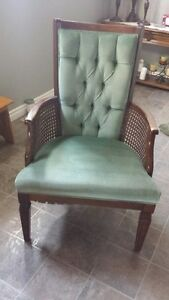 GREEN VELVET ACCENT ARM CHAIR