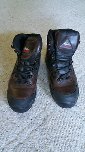 Conway Womens Mountainering Boots