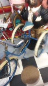 tres rare vieux tricycle 1940