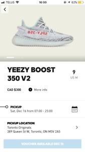 Yeezy Boost 350 v2 Blue Tint size 9