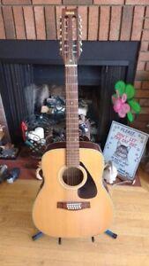 12-String Guitar Yamaha FG-312
