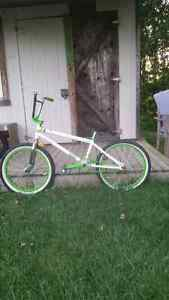 Fully custom 2012 mutiny bmx (LHD) built from the frame up