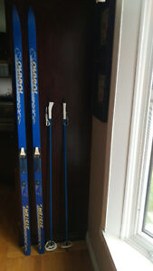 Cross country skis and poles Peterborough Peterborough Area image 1
