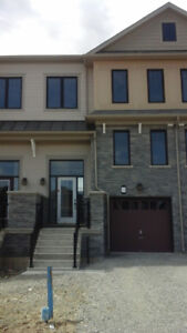 3 BEDROOM TOWN HOME FOR RENT IN STONEY CREEK