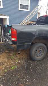 *NEED GONE* parts or repair 06 Dodge Ram 1500 Pickup Truck