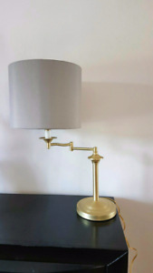 Lampe de table en métal Metal table lamp