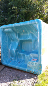 Older beachcomber hot tub.