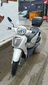 Aprilia Scarabeo 200 with OEM Topcase ***NOW SOLD***