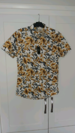 (NEW) Next floral Shirt short sleeve shirt (New with tags)