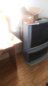 "32"" jvc TV and stand"