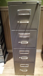 4 drawer locking file cabinet