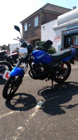 Sinnis max 125 motorbike