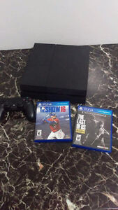 PS4 + 2 games