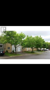 3 Bedroom, 3 Bath Townhouse Condo Available for Rent