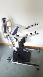 Invacare Reliant RPS 350 Sit-to-Stand Lift