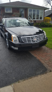Selling 2007 Cadillac DTS - Fully Loaded, Low KMs, Near Mint