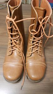Girls size 2 tan leather boots