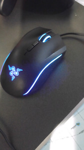 Mint 10/10 condition Razer Mamba Tournament edition