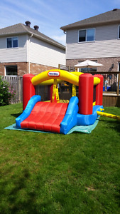 Little tykes bouncy castle
