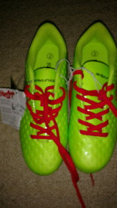 Rawlings size 2 soccer cleats NWT