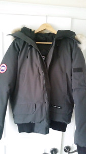 Authentic Mens large Canada Goose Jacket